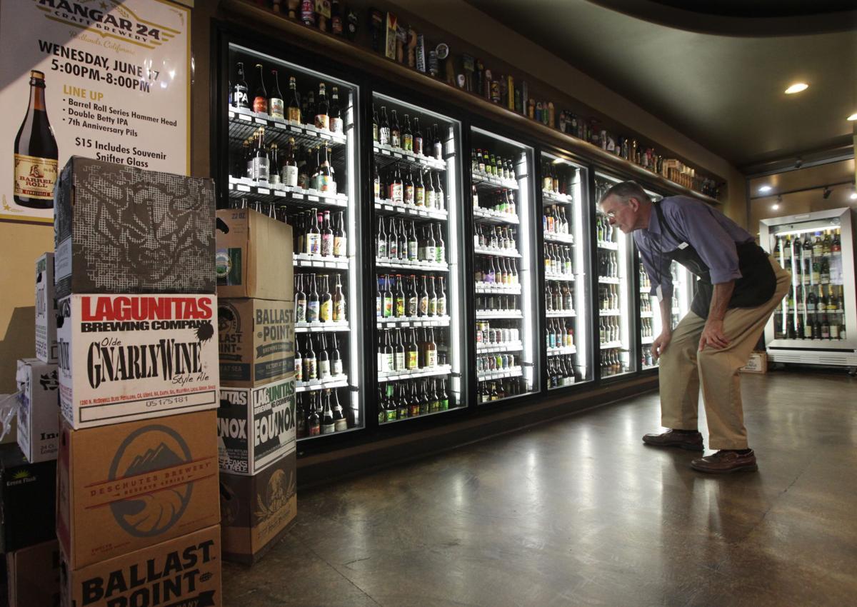 Bakersfield taps into craft beer craze news for Craft stores bakersfield ca