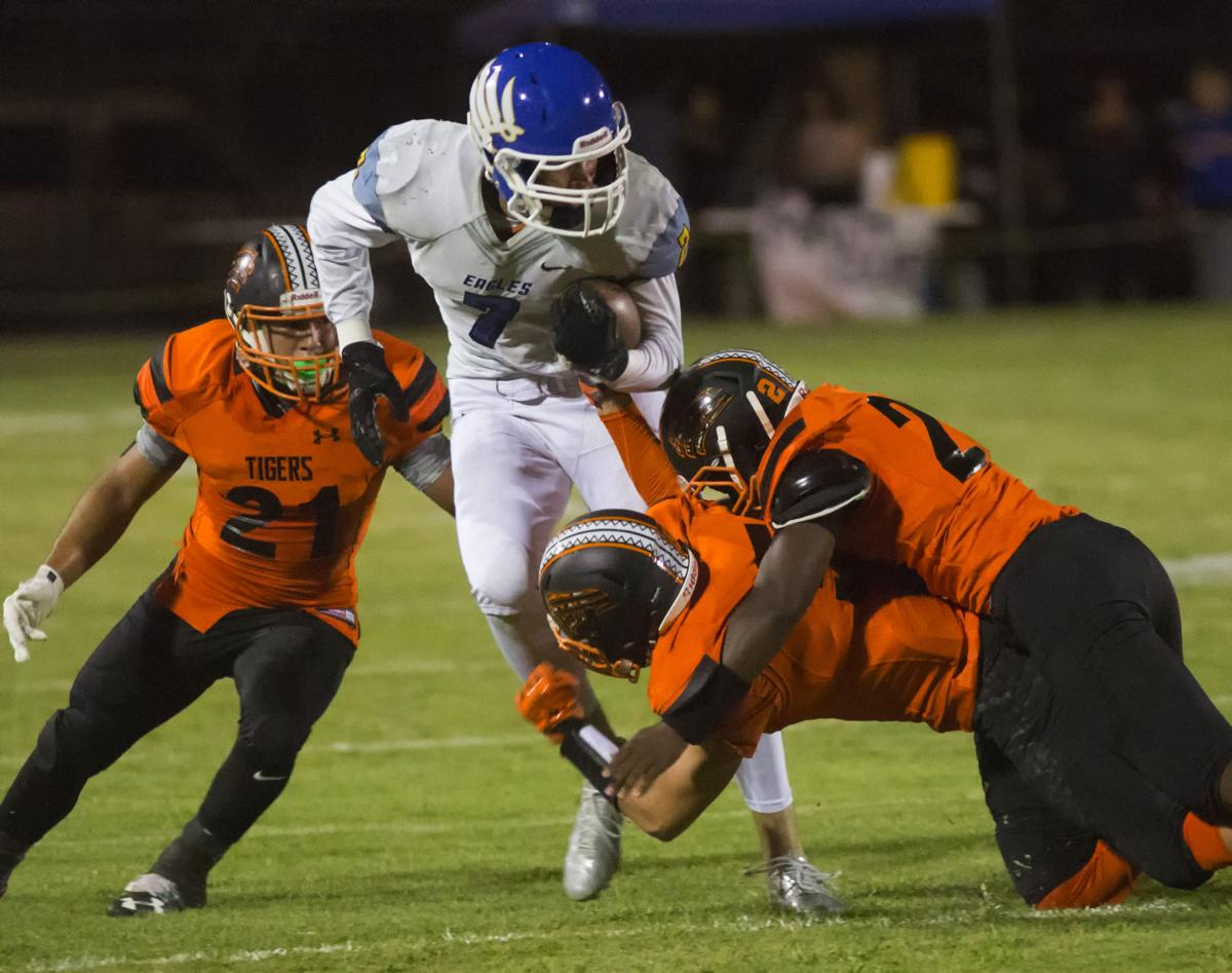 BCHS overcomes early turnovers to beat Wasco in SSL opener