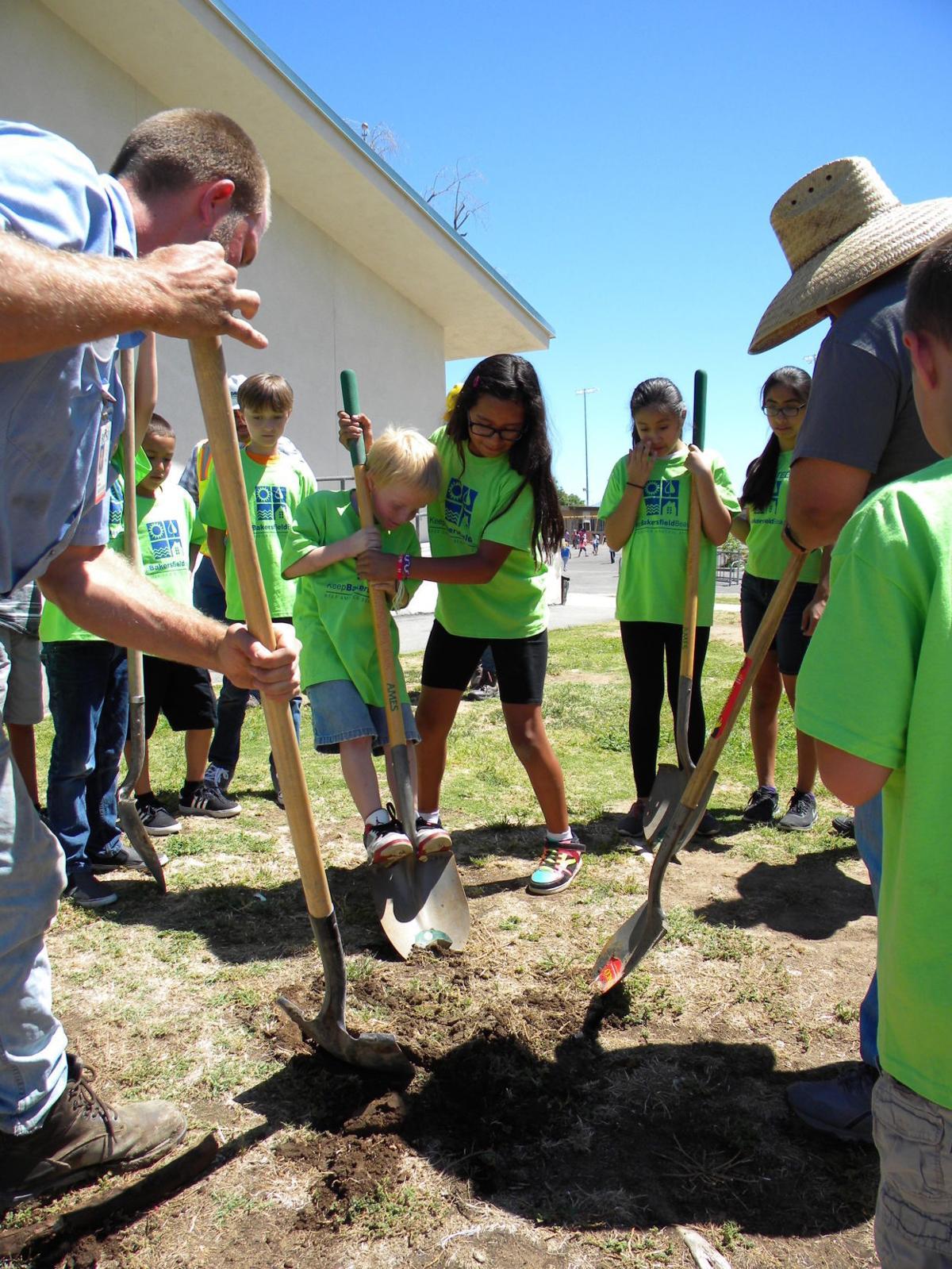 Children and shovels