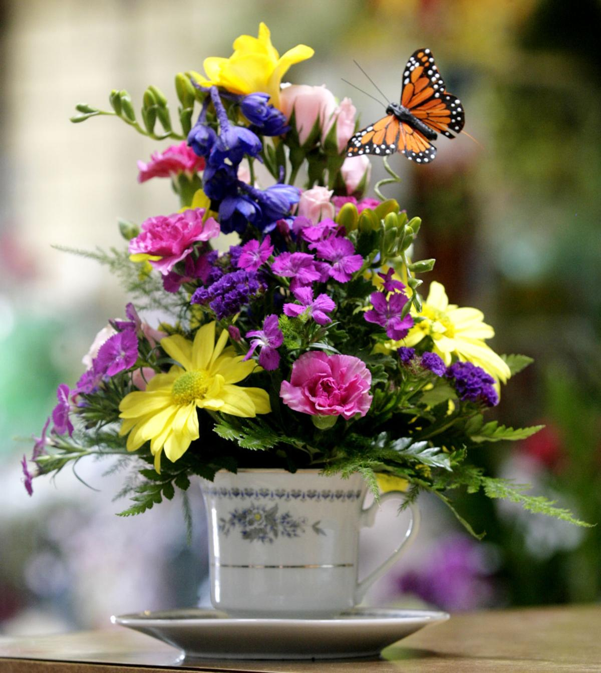10 things you need to know about our 39 best of 39 bakersfield for Log cabin florist bakersfield