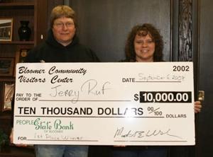 $10,000 Winner