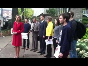 Katie McGinty addresses Pennsylvania budget in front of Allen Street gates