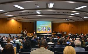 Faculty Senate addresses general education, student transition issues at meeting