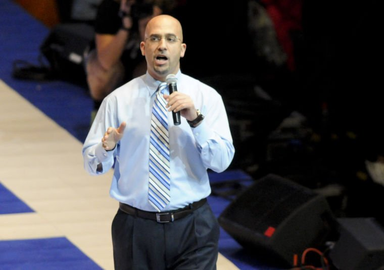 James Franklin speaks at THON