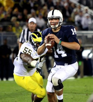Hackenberg (14) avoid pressure
