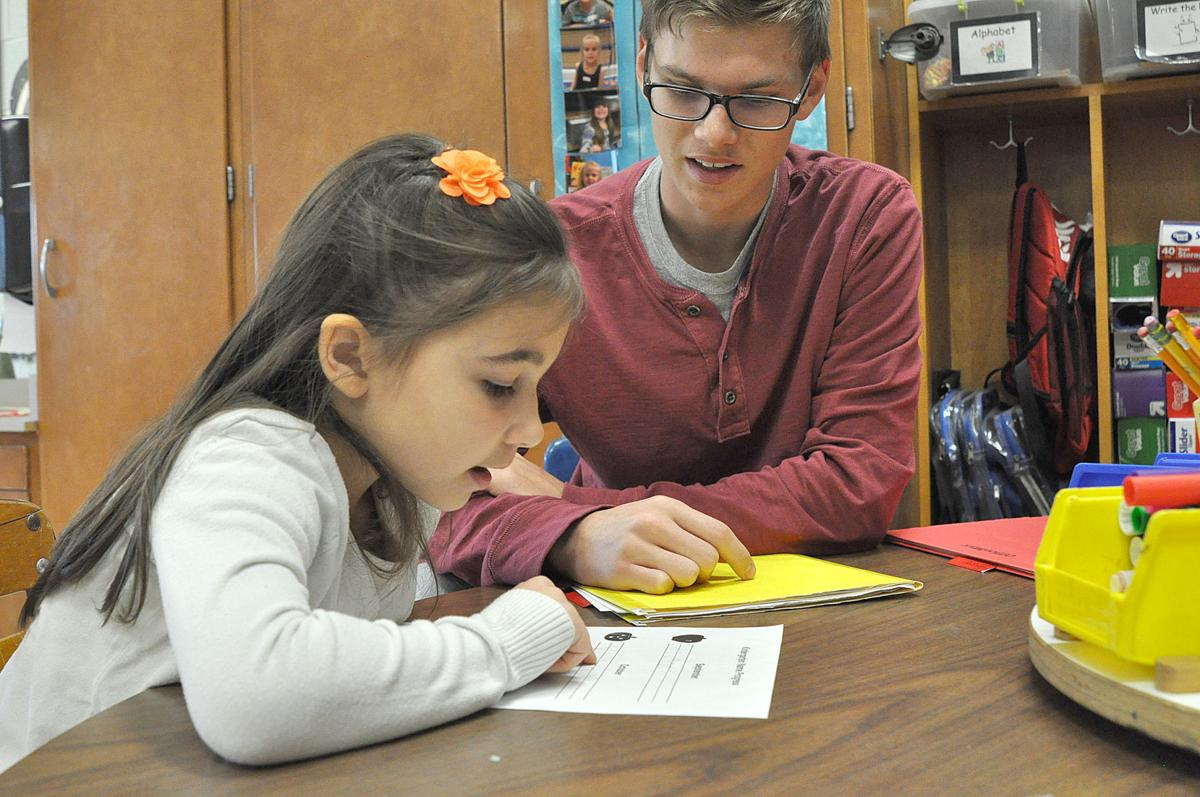 litchfield high school students get a taste for their future teaching youngsters