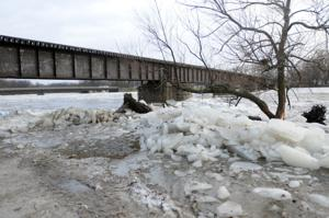 Warm weather may cause ice jams, flooding