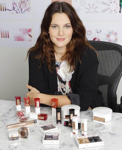 Drew Barrymore's joy t... Drew Barrymore Makeup