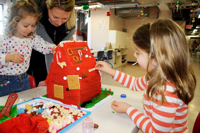 Lincoln Children's Museum gives kids, parents place to build candy houses