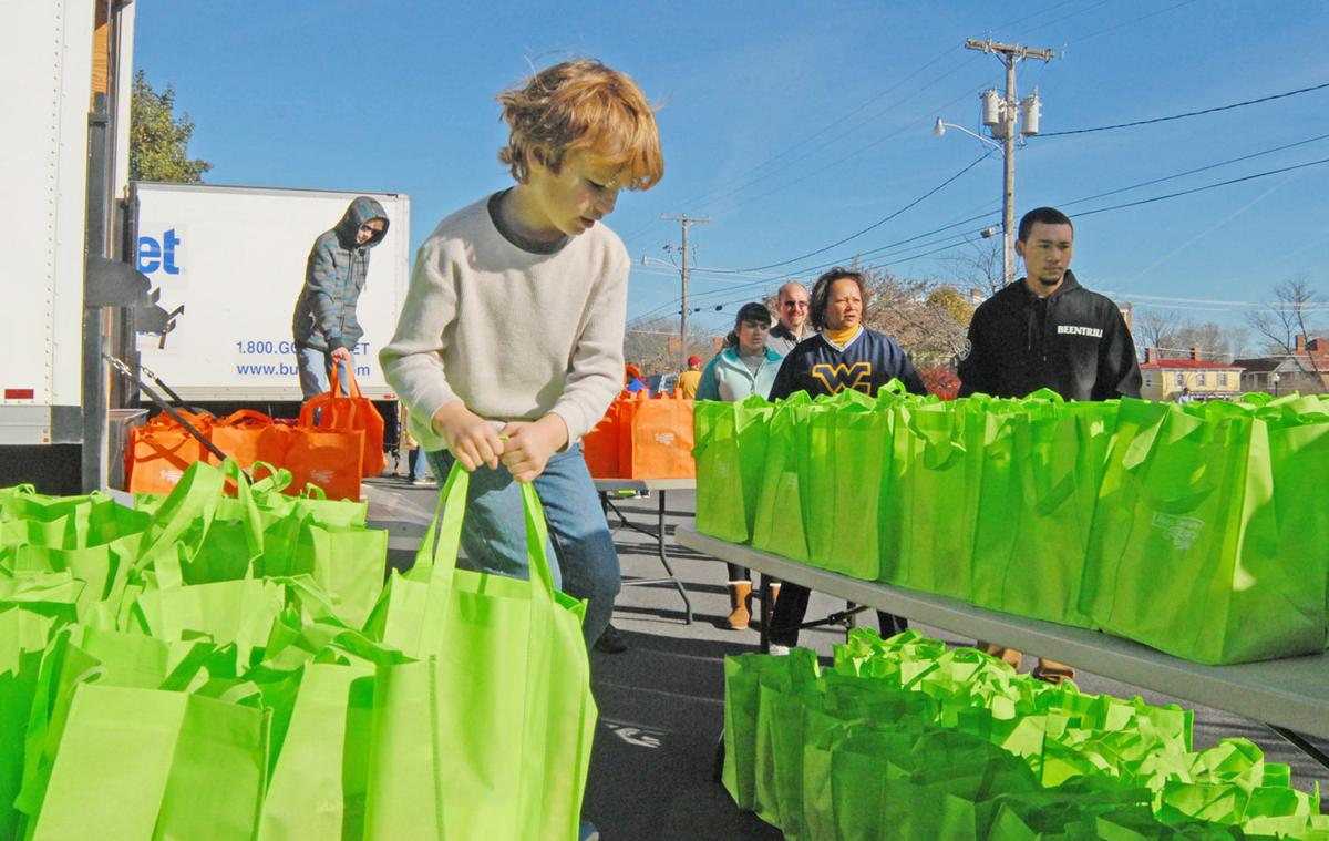 Culpeper Food Closet Provides Thanksgiving Meals For County S Needy Culpeper Star Exponent