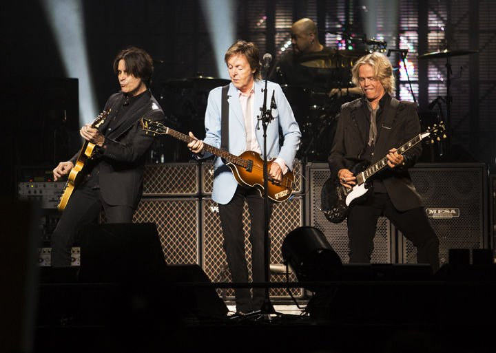 Paul McCartney performs first Lubbock concert Thursday