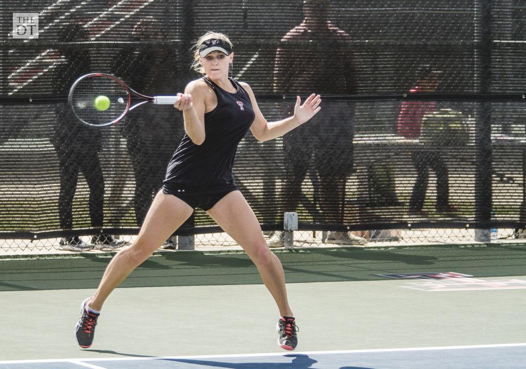 womens tennis takes close match against vanderbilt