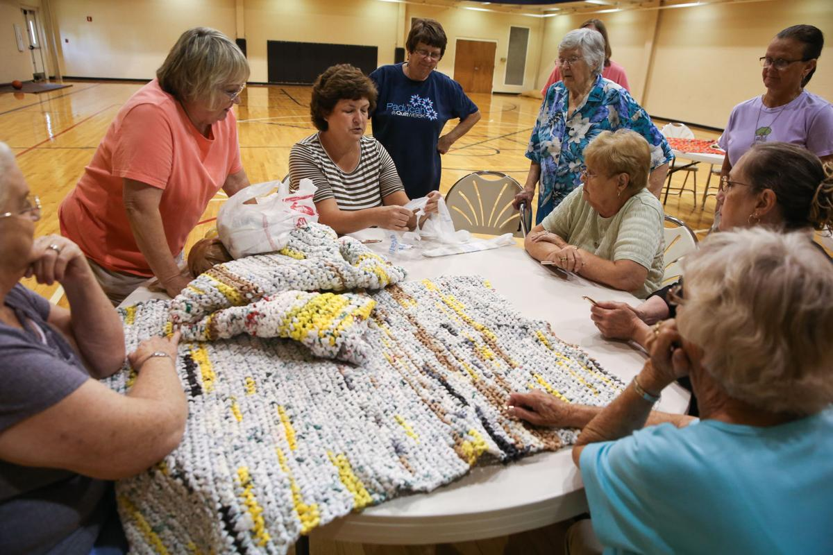 Women Make Floor Mats For The Homeless Out Of Plastic Bags