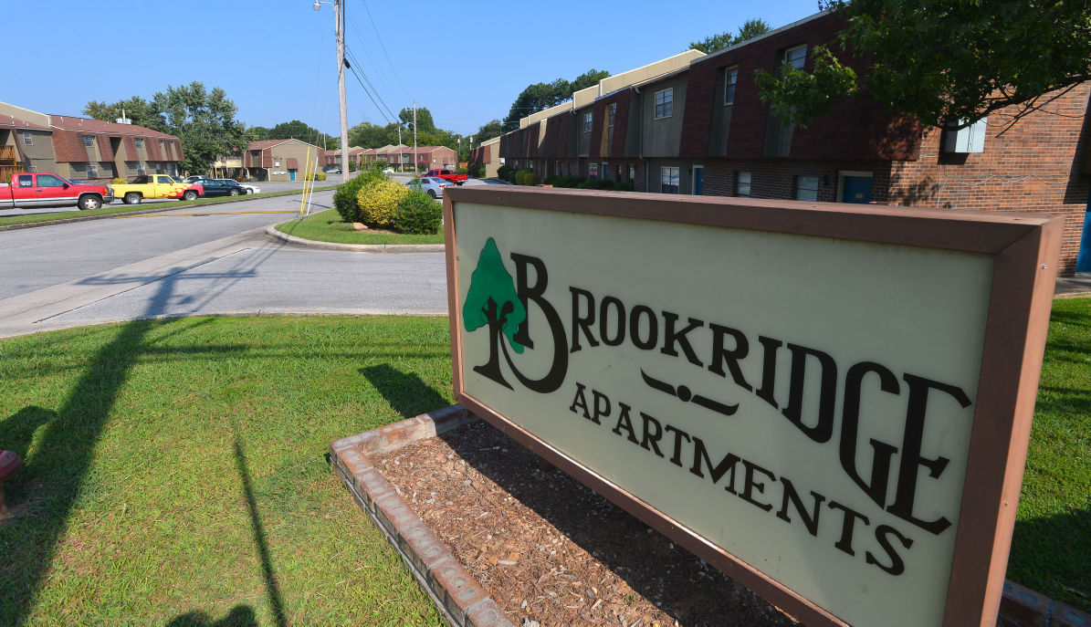 Decatur 39 s dilemma finding spots for new apartments for Brookridge apartments