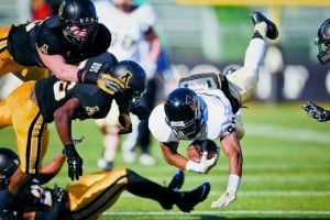 Idaho no match for Mountaineers, fall 45-28