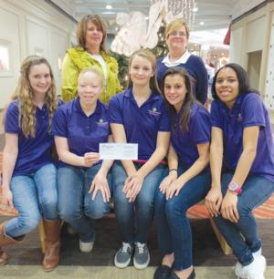 Wiregrass Commons Mall's Style Squad 'adopts' Wiregrass Children's Home