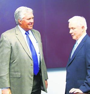 Sen. Sessions visits Eufaula