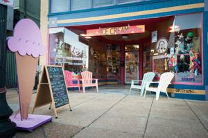 I Scream Cakes Launches Indiegogo Fundraiser for a Liquor License and More