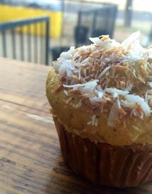 CAT'S PICKS: Savory Cupcakes at Lulu's Local Eatery + Cold Brewed Coffee