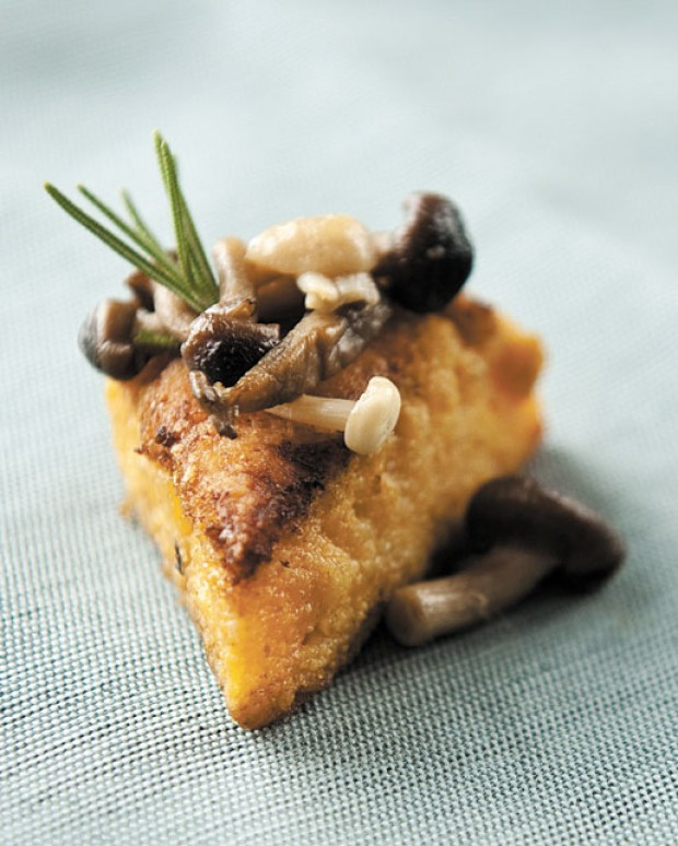Pumpkin Polenta Cakes with Wild Mushrooms : Recipe-database