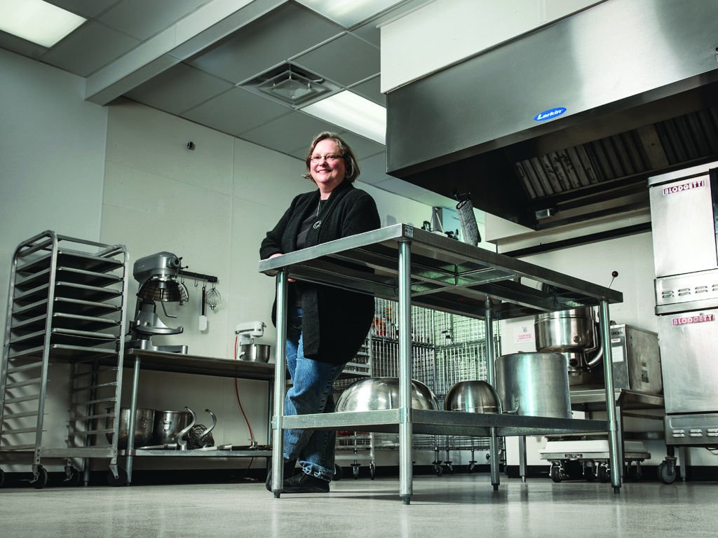 In Columbia Linda Owen Pedroley Rents Out Her Kitchen To Artisan - Country kitchen columbia mo