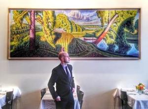 """Niche Unveils """"Magnificent Missouri,"""" New Mural by Bryan Haynes"""