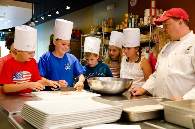 L'Ecole Academy kids summer cooking camp