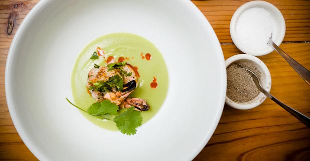 MEDIAnoche's Sopa de Aguacate