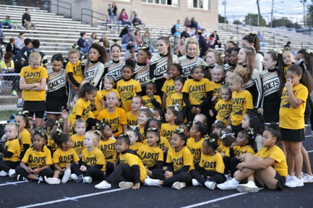 FHS Cheerleaders, and FCYAA junior cheerleaders