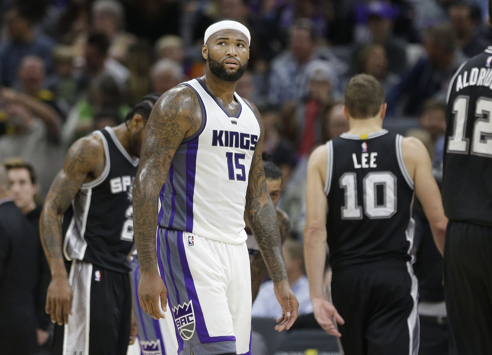 Game between Kings and 76ers postponed due to condensation
