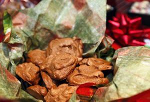 Chocolate Meringue Cookies