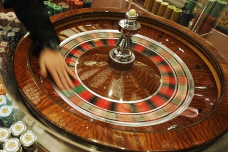 Old gambling bill earns new foe