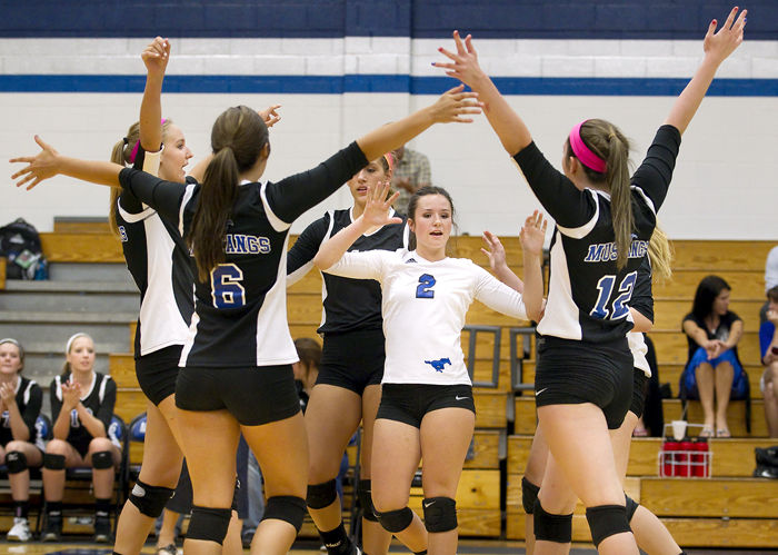 Friendswood volleyball