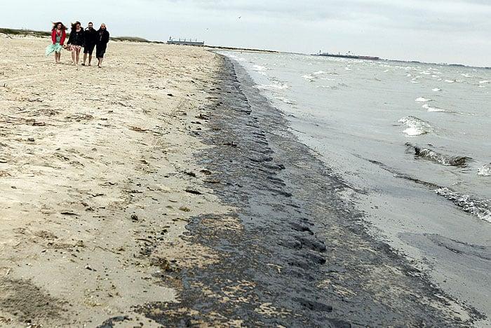 Oil lines east beach
