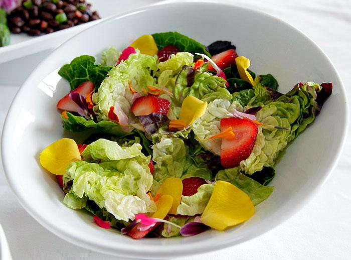 Summer Mixed Greens