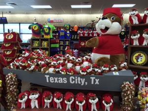 Buc-ee's set for 6 a.m. opening today