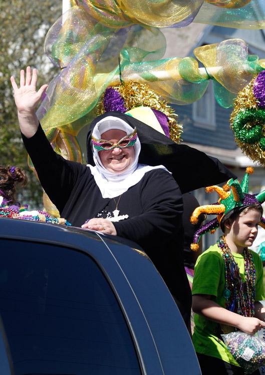 Krewe d'Esprit Rosaire Parade