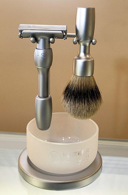 Bear Claw shaving