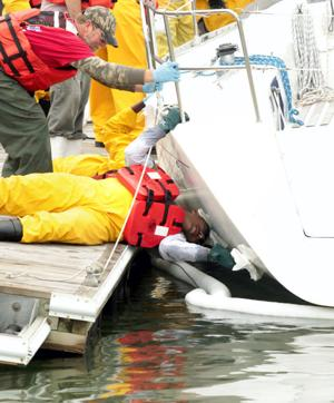 Decontaminating boats