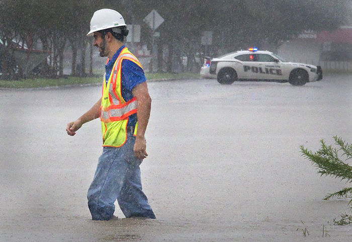 Heavy Rains Cause Traffic Hassles Roads Closed Free
