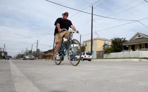 Galveston bike plan set for spring 2018 completion date