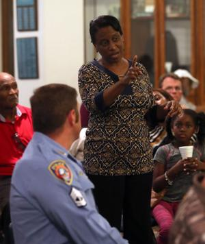 At town meeting, Galveston officials say they want police in the community