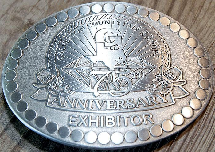 Student exhibitors get special belt buckle