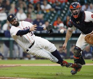 Photos: Astros regular season home finale