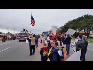 USW rally during Texas City Mardi Gras parade