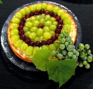 Forage for seedy, tart, tough-skinned mustang grapes