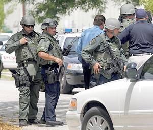 Police standoff ends peacefully