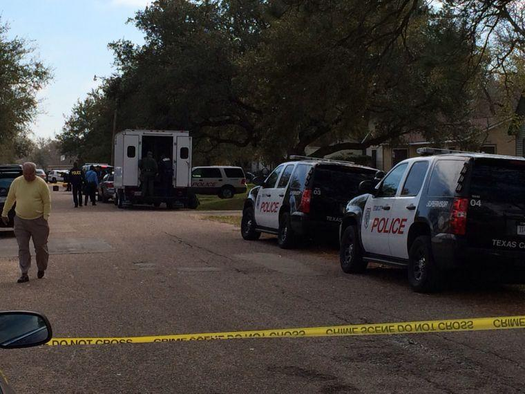 SWAT arrives as elderly woman holds husband hostage