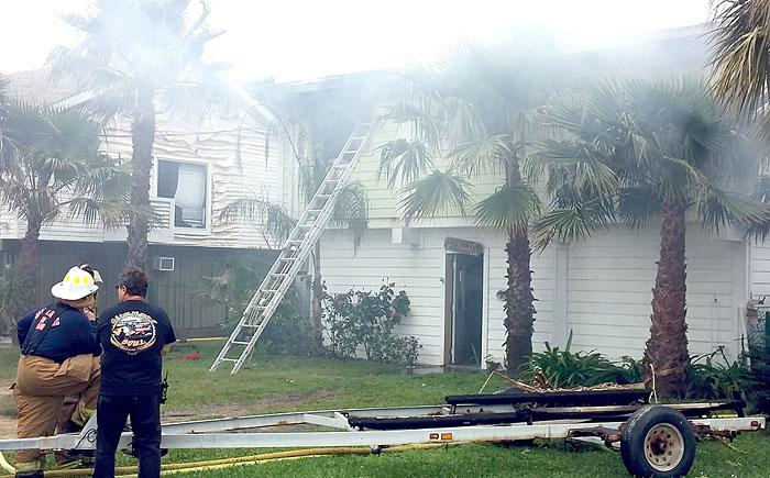 Fire causes extensive damage to Jamaica Beach house