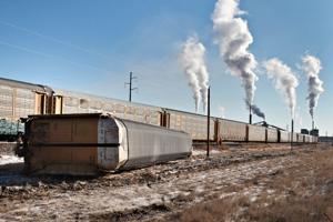 BNSF train derails east of Gillette